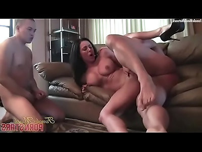 Muscular Pornstar Kendra Lust Gets her pussy Fucked Worshiped