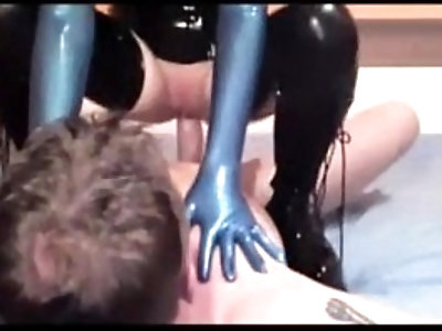 Amateur German couple fucking in latex