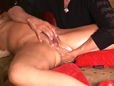 Sexmaster gives MILF many squirt gushing cums FULL widescreen HD now on RED