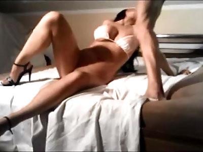Amateur curvy wife fuck facial